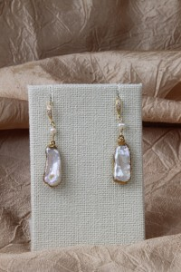 Mabe gold earrings