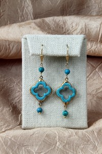 Turquoise quadrifoil earrings