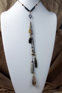 Agate and quartz drops lariat