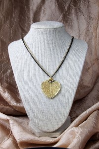 Medium gold aspen leaf on gold chain